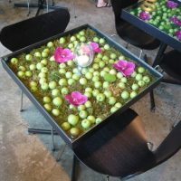 フラワーカフェ「ニコライバーグマンノム」で、お花に囲まれた素敵な時間を!